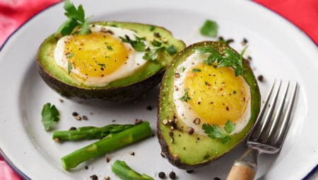 SNEAD HEALTHY EYE RECIPE – Baked Avocado Eggs